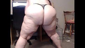 Bulky butt bbw mama