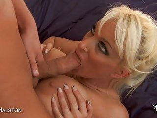 Hawt blond milf with massive pointer sisters receives pumped
