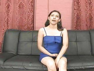 Ecuatoriana adolorida en su primer episode porno