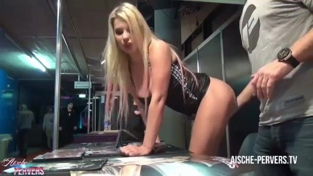 Man fingers porn actress singing autographs at a convention